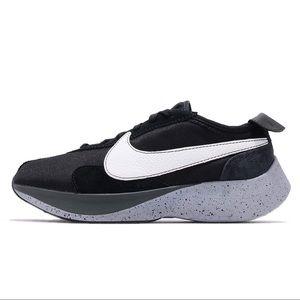 Nike Moon Racer 'Black' Sneakers AQ4121 001